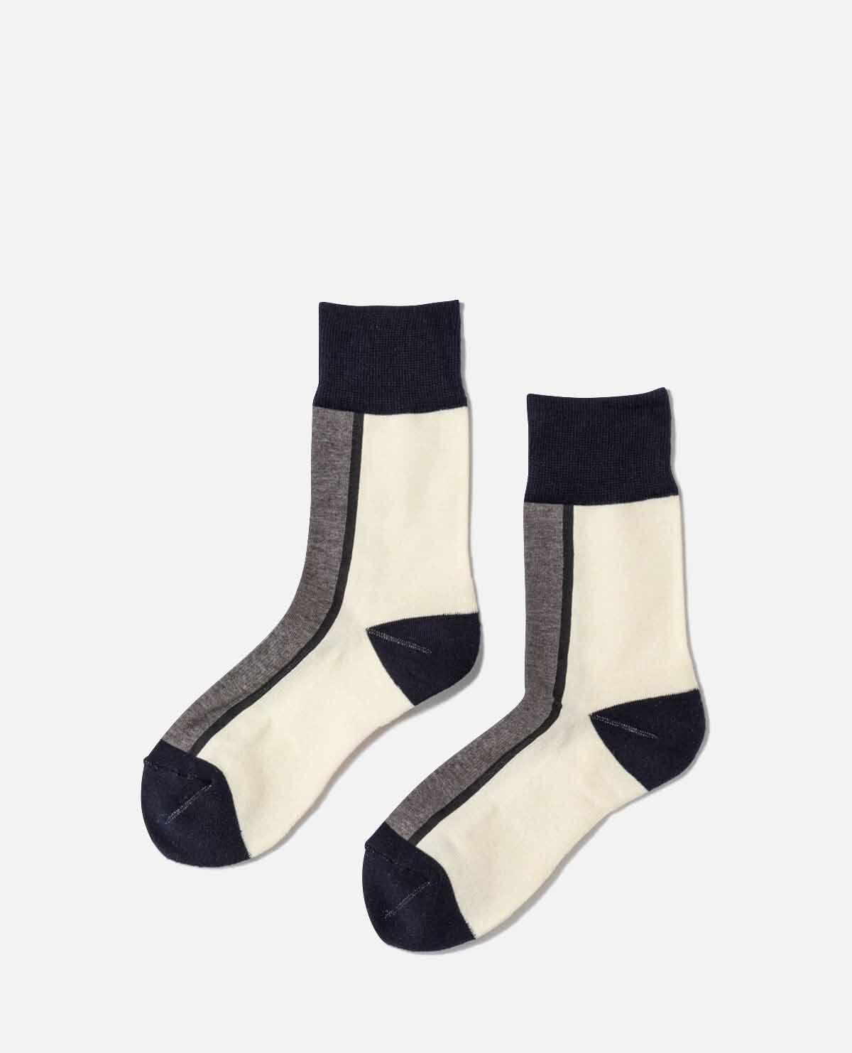 靴下 ブラック アイボリー 2足セット