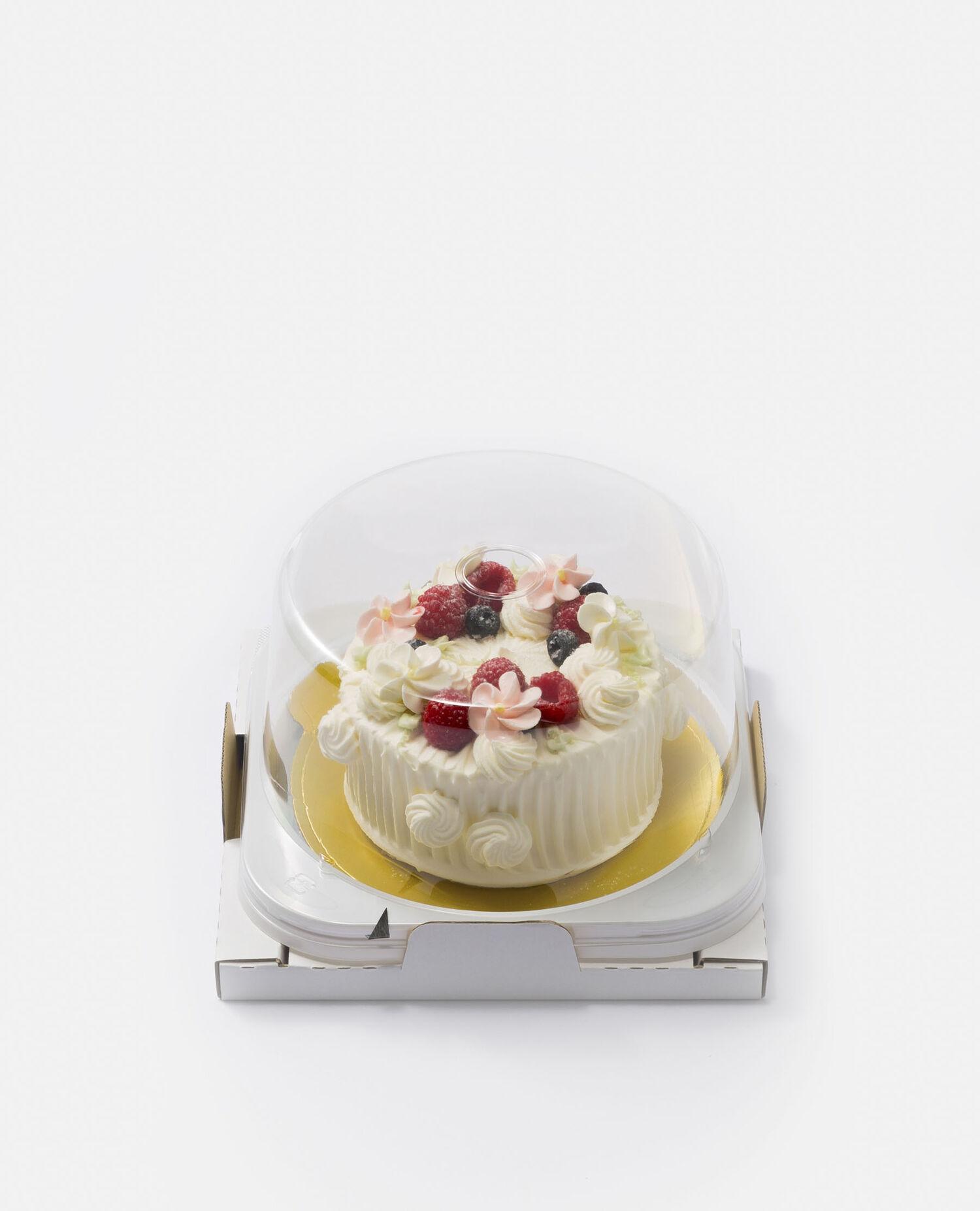 いちごとベリーのショートケーキ