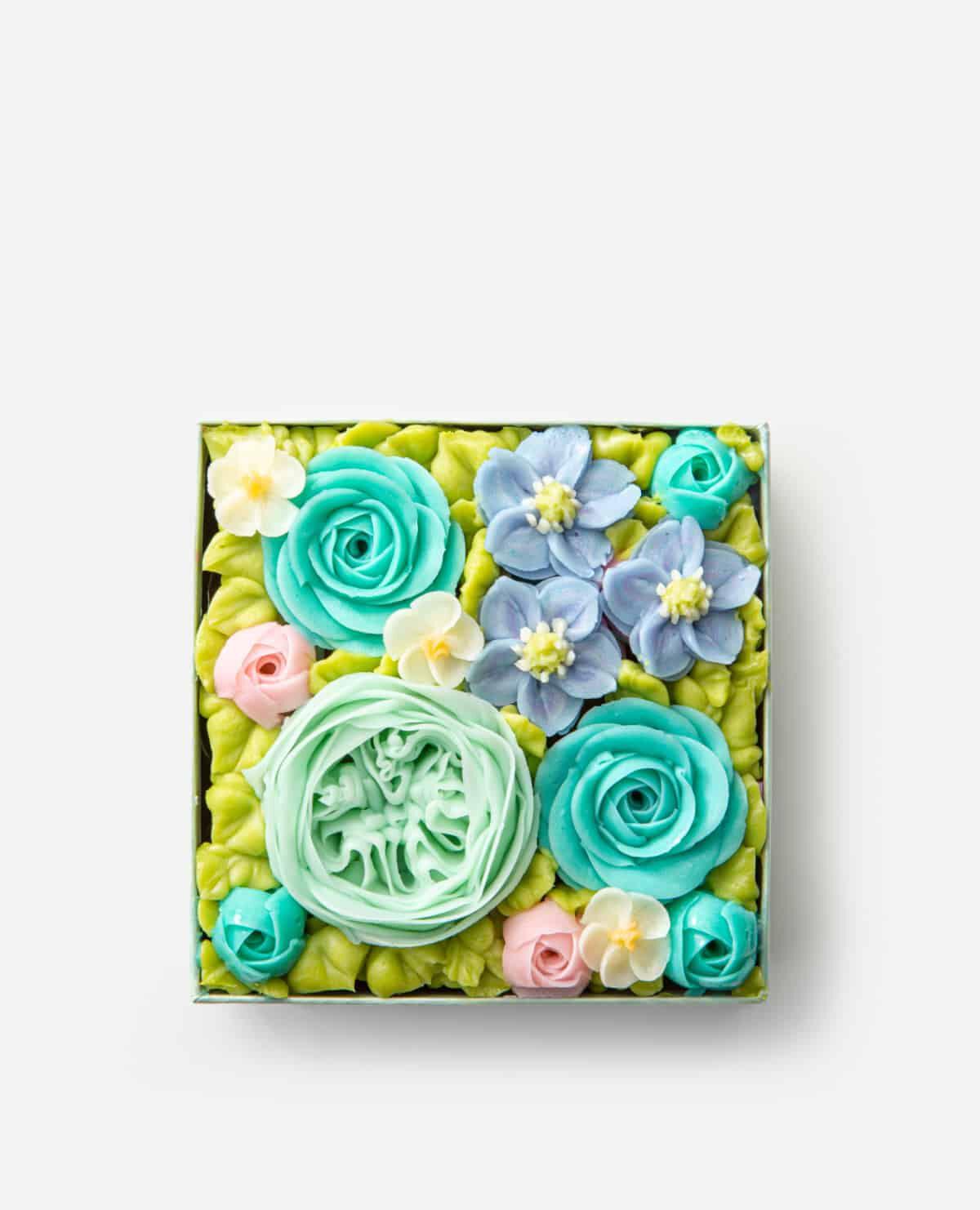 ラビアントブルー 食べられるお花のケーキ プレミアムボックスフラワーケーキ