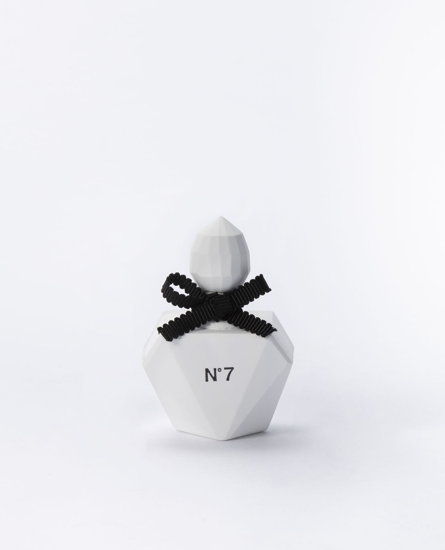 AROMA ORNAMENT Perfume Bottle Square